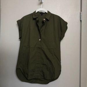 LIKE NEW Jcrew olive cotton shirt